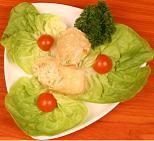 Очень полезны для здоровья зелень и яркие овощи и фрукты